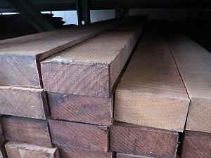 Hardhout Ruw Regel 50x100x4000 mm