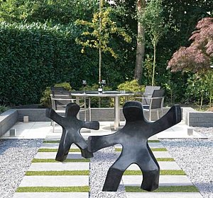 Sculpture Waving child (left) 80 cm