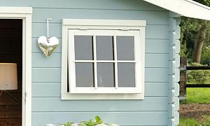 Blokhut ramen en deuren