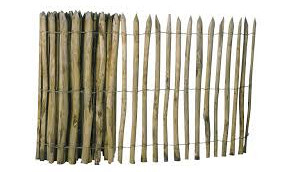 Kastanjehouten hekken en palen